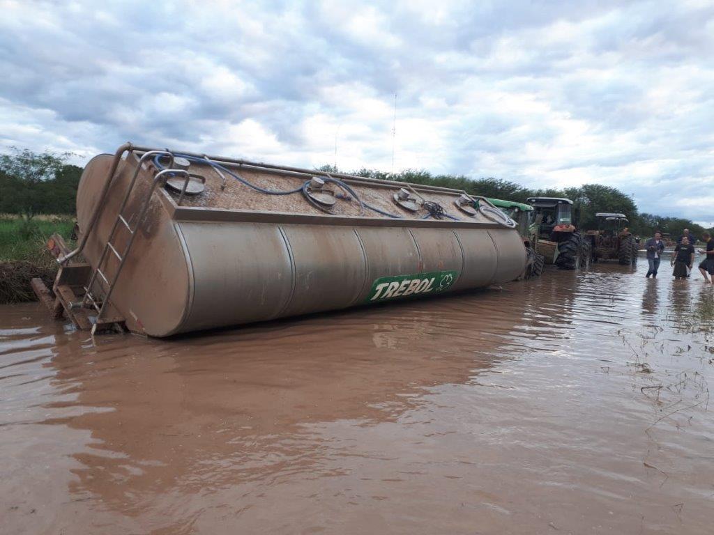 Inundaciones afectan a los productores